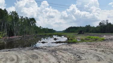 Members of CFREG worked on this rural bypass project near Navassa, North Carolina. Valuations were performed on residential, commercial and industrial land, single family homes, mobile homes and commercial buildings. This project featured numerous relocations, parcels with significant proximity issues and parcels located near proposed fly-overs with significant changes in elevation.