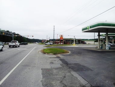 Samuel H. Pate helped complete 4 reports in Onslow County for the Piney Green Road widening project near its intersection with NC Highway 24. Property types included multi-tenant commercial buildings and convenience stores